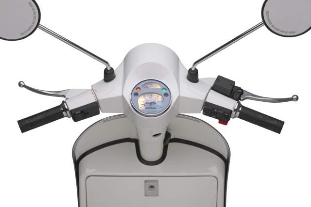 Piaggio Vespa PX 150 (2011-current): I bought it like this! | moto