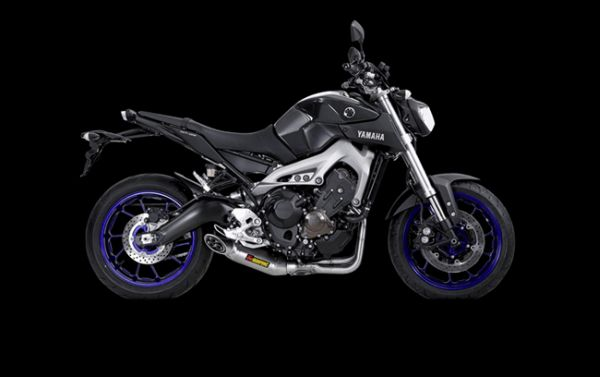 the new akrapovic exhaust for the yamaha mt 09 fz 09. Black Bedroom Furniture Sets. Home Design Ideas